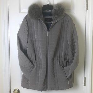 Mac coat with hood